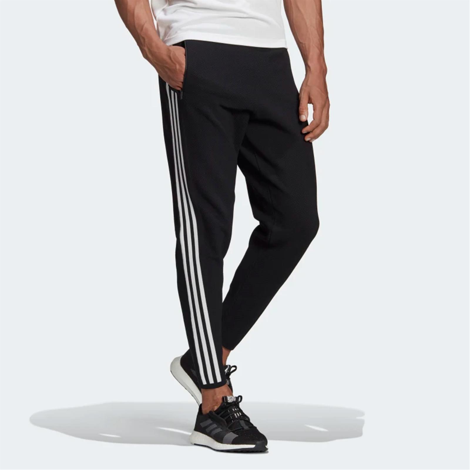 pantaloni adidas logo